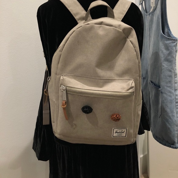 30c9ef504d02 Mini Herschel backpack. M 5a4efd708df4700e00010108
